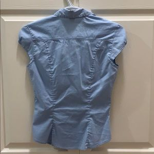 H&M Tops - H&M button down short sleeved work shirt